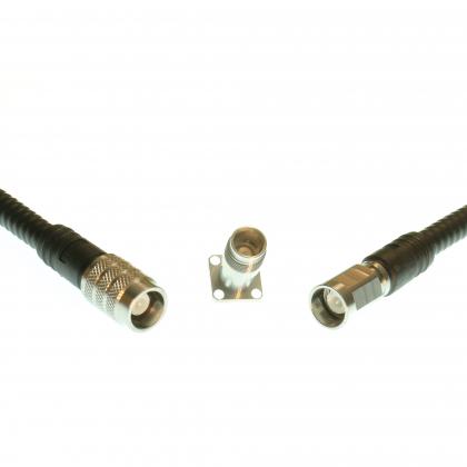 Connecteurs NEX10 ™ à faible intermodulation pour l'industrie des télécommunications
