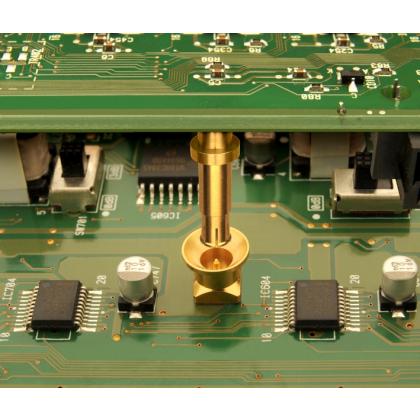 Connecteurs subminiatures SMP-MAX pour les interconnexions RF carte à carte et carte à module