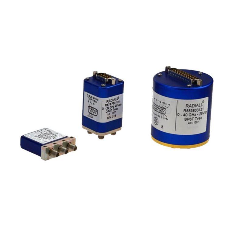 Les séries TVac sont conçues conformément à l'offre de produits RAMSES standard.